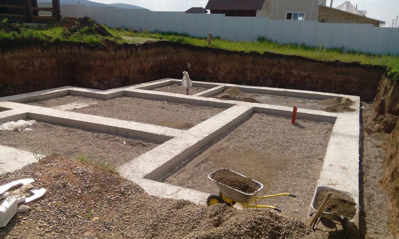 Разопалубка ленты подготовка к след этапу строительства