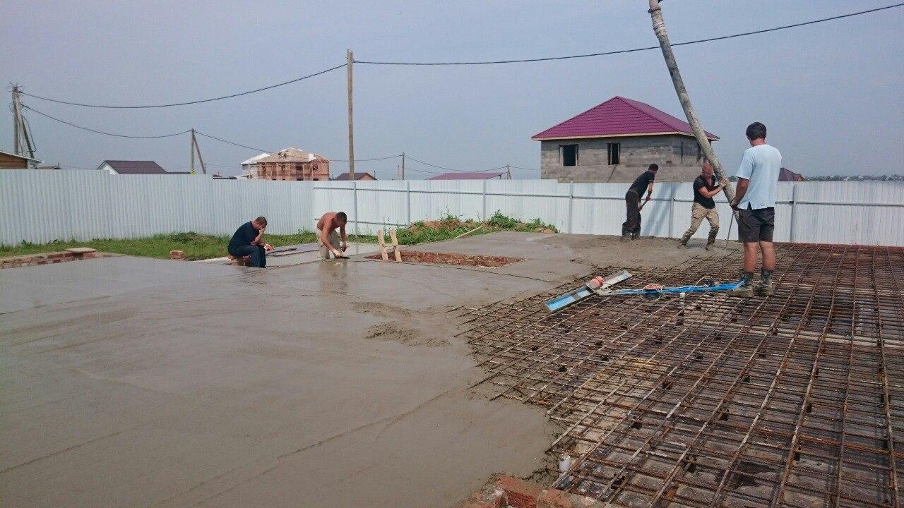Заливка бетона перекрытия цоколя-1